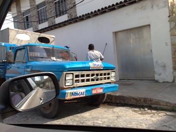 d5137f1e1111a Jornal O Rebate - Empregados da Prefeitura Municipal de Macaé pintam  restaurante particular nos Cavaleiros - Jornal O Rebate