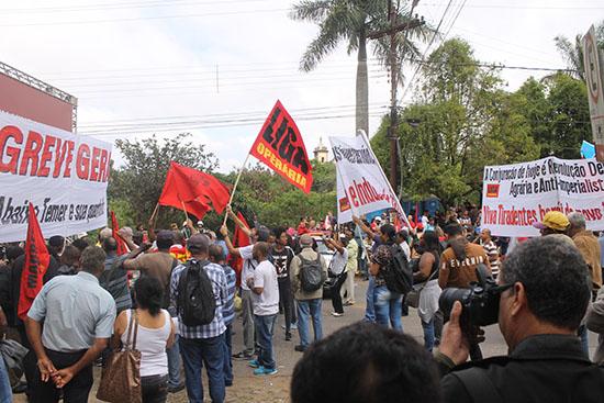 http://www.jornalorebate.com.br/492/07.jpg