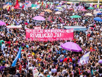 Milhares marcham contra a extrema-direita e a reacionarização no Rio de Janeiro