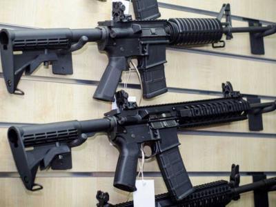 A cultura das armas nos Estados Unidos  - De Robespierre a Charlton Heston