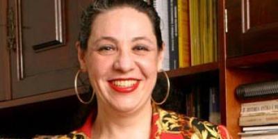 Amyra El Khalili: