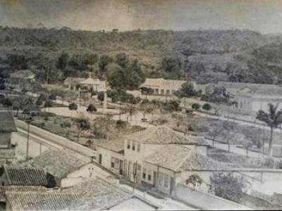 Das ruas empoeiradas de Conceição de Macabú até Macaé anos 50 de uma Cidade Pura