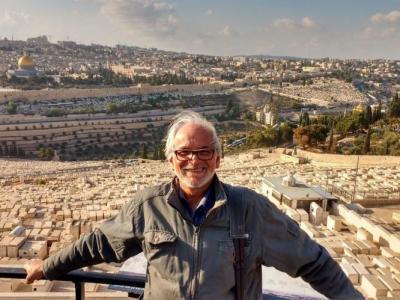 """Diretor de """"A Palestina Brasileira"""" conta que reviveu ditaduras do Cone Sul ao filmar em Israel"""